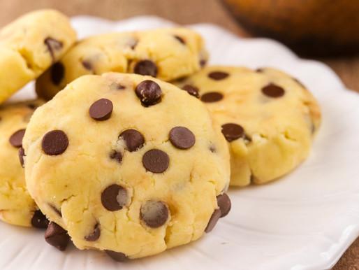 Keto No-bake Chocolate Chip Cookies
