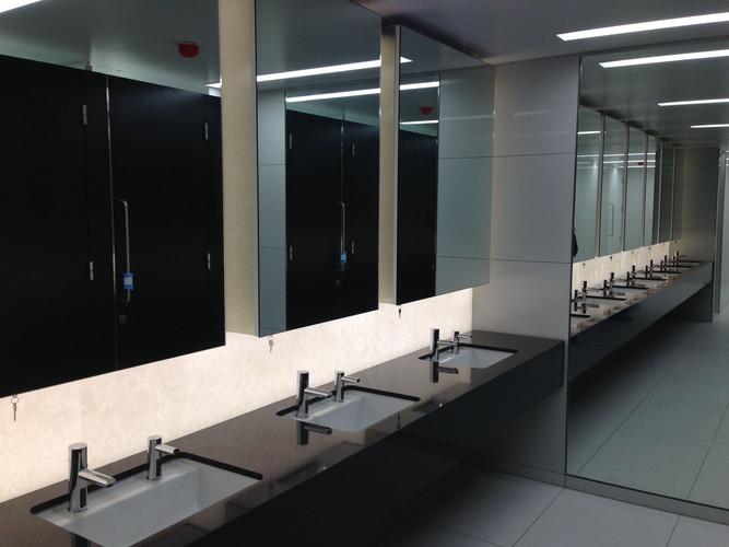Bathrooms (9).jpg