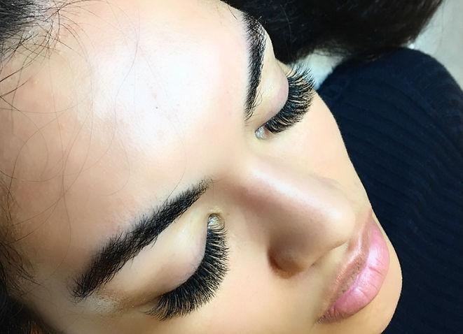 Lash N Tweezers - Eyelash Extensions Brisbane-Nundah