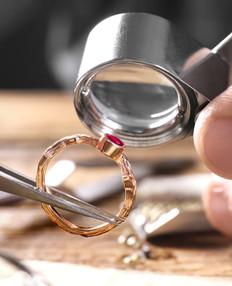 Banco de joyero anillo stk.jpeg