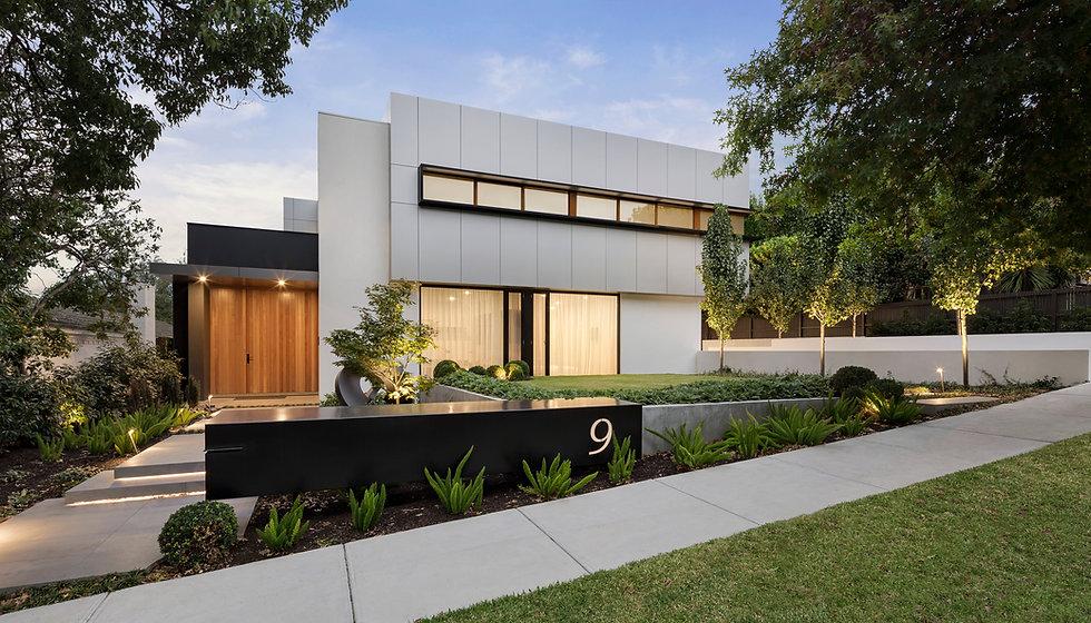 modern-house-exterior-E3A7NAJ.jpg