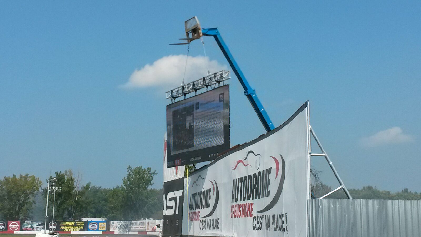 Video wall at Autodrome ST -Eustache