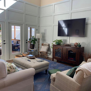 Living Room Smoky Green Moulding