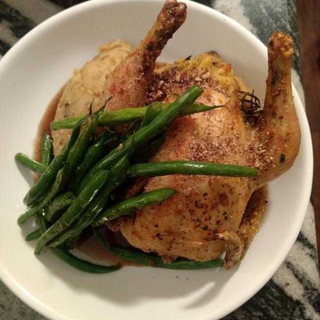 cornbread stuffed hen, smoked potato mash, roast hericot vert, farmhouse jus