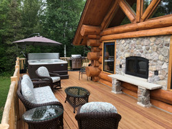 Deck w/ Spa & Outdoor Fireplace