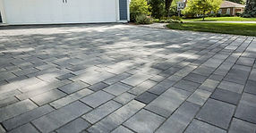 Unilock_artline-driveway.6bf850539194a81