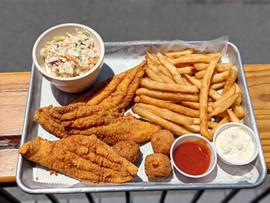 Coastal Daiquiri Bar & Grill | Catfish Plate