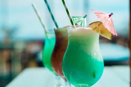 Coastal Daiquiri Bar & Grill | Full Bar with Daiquiris and Craft Cocktails