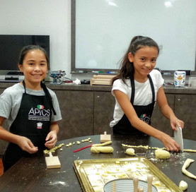 Kids cooking class in Singapore
