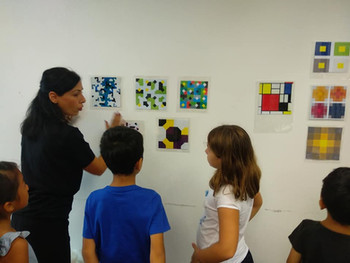 Kids learning about art