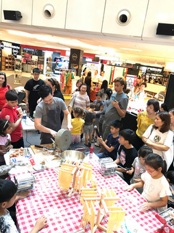 Kids learning from the Masterchef