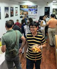 Italian social experience in Singapore.j