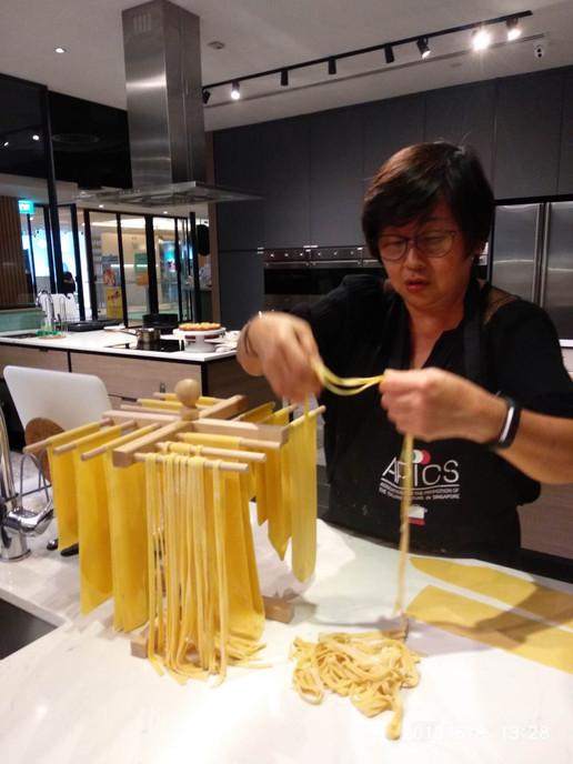 Cooking class to make fresh Italian past
