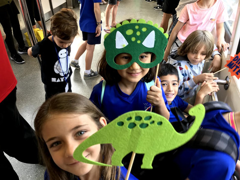 Kids enjoying the Italian school trip