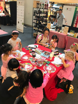 Kids learning Italian in Singapore