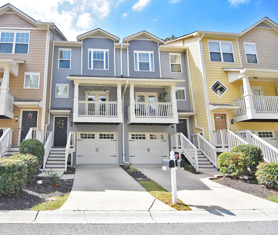 Open House! Hot Listing          Sunday October 5th    2-4pm ***1228 Liberty Parkway