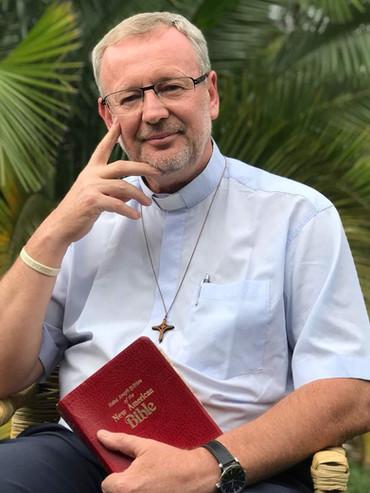 Father Leszek.jpg