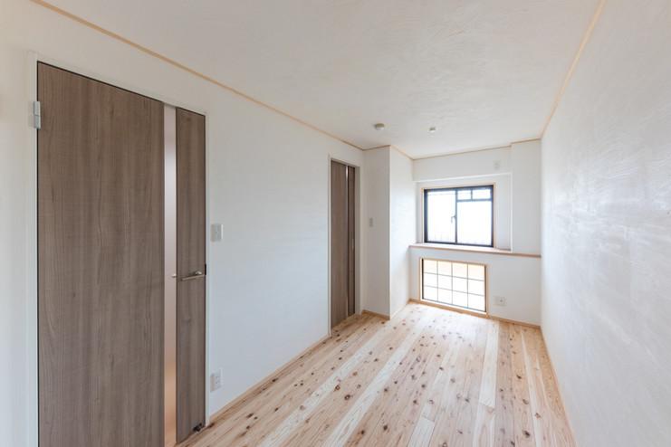 無垢材、遮熱材で夏も冬も過ごしやすいお部屋です。