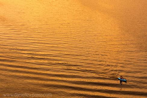Gold with Kayak danipress photography danielle w lundberg kayaking golden light water rive