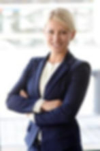 Adina Sitzer _ Juristin