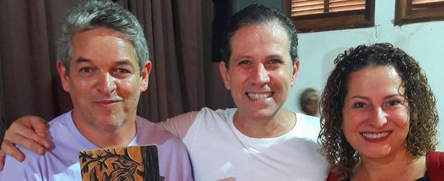 PRESENTE DO ILUSTRADOR  VALDERIO
