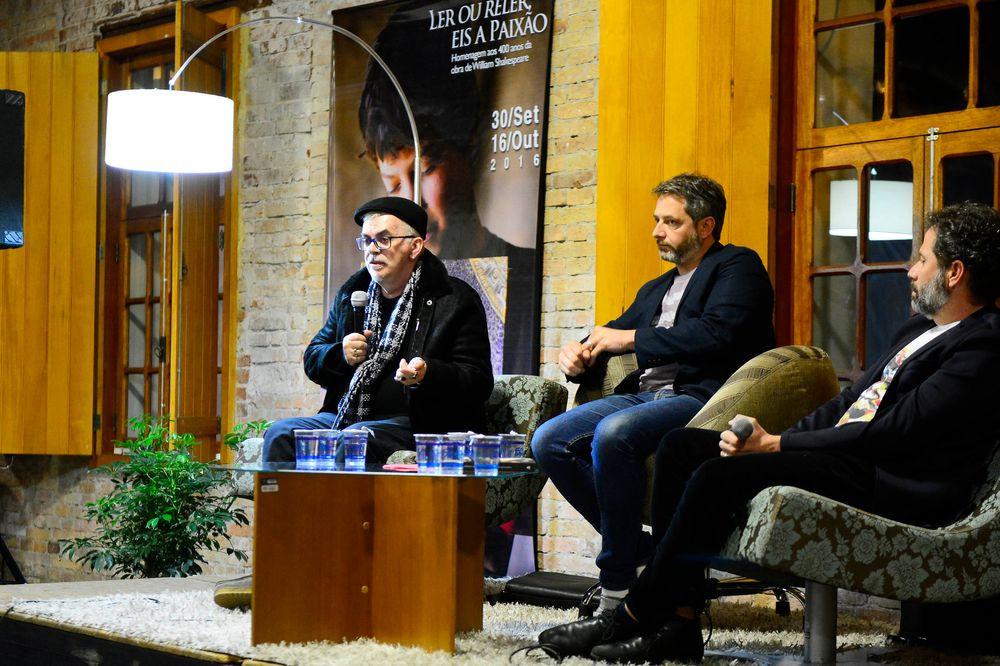 2016 FEIRA DO LIVRO DE CAXIAS DO SUL (Walcyr Carrasco, Volnei Canônica e Roger Mello)