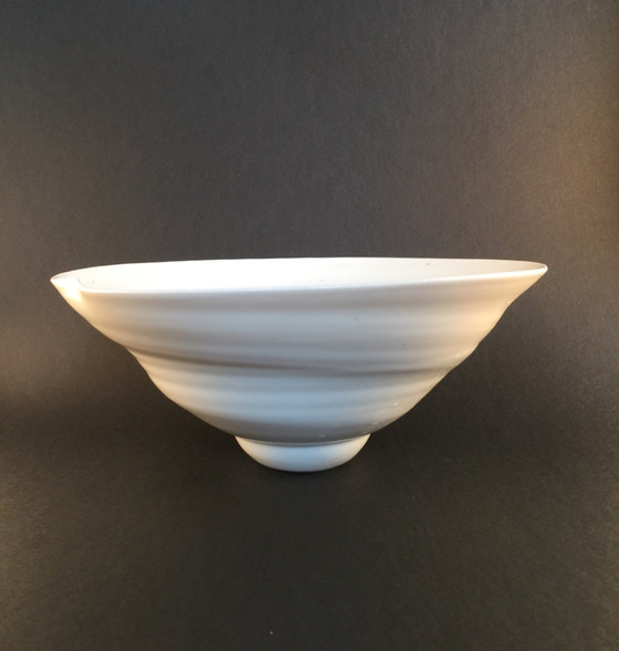 Porcelain wider Bowl