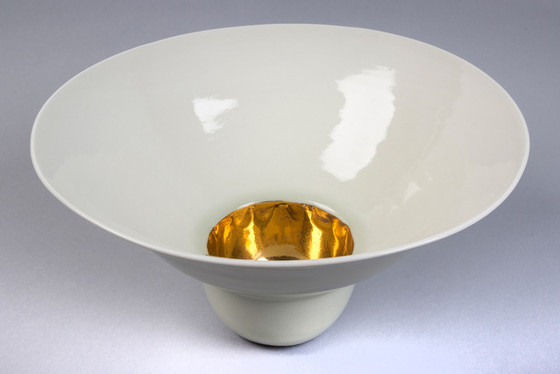White Porcelain Bowl with Gold Lustre