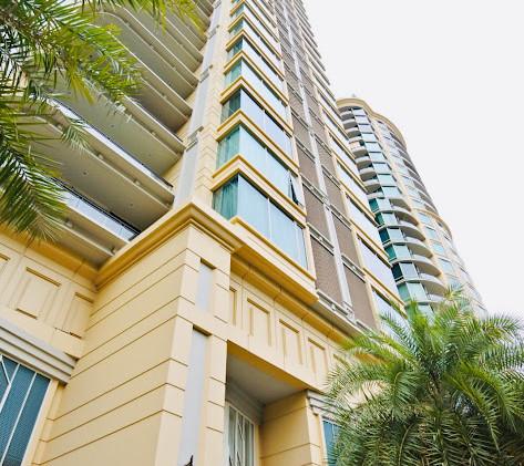 1-bangkok-condo-royce-private-residence-sukhumvit-31-.jpg
