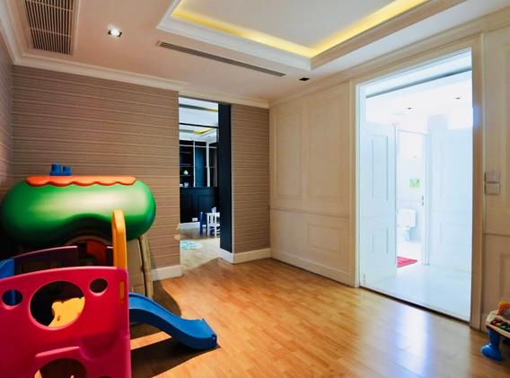 7-bangkok-condo-royce-private-residence-sukhumvit-31-.jpg