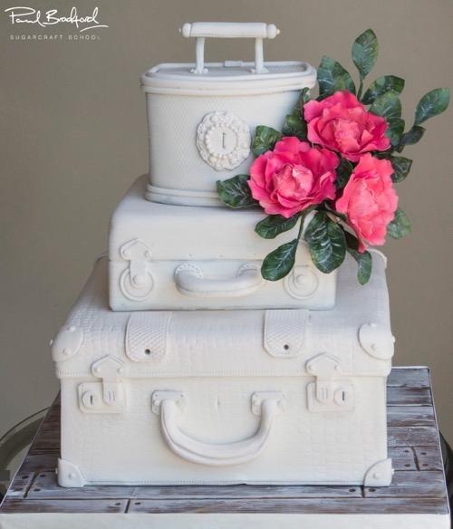 White-Suitcase-Cake
