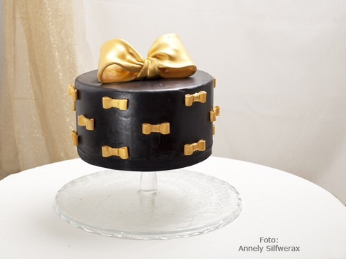 Black-Gold-Bows