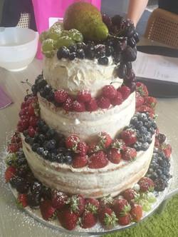 Naked-Cake-Fruit1
