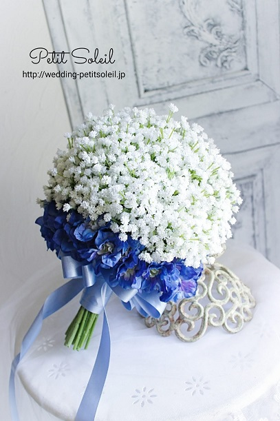 デルフィニウムとかすみ草クラッチブーケ(造花)