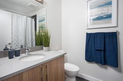 29-Chappelle-Bathroom