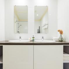 Paradera Park One Bedroom Suite - bathro