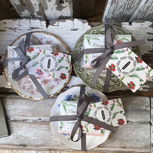 Dot and Lil Vintage Plate and Soap Trio Gift Set