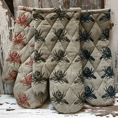 Recycled Cotton Bee Potholders
