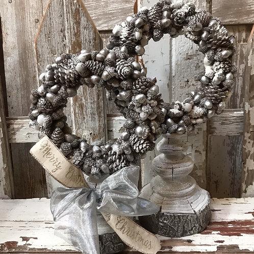 Wreath Finials