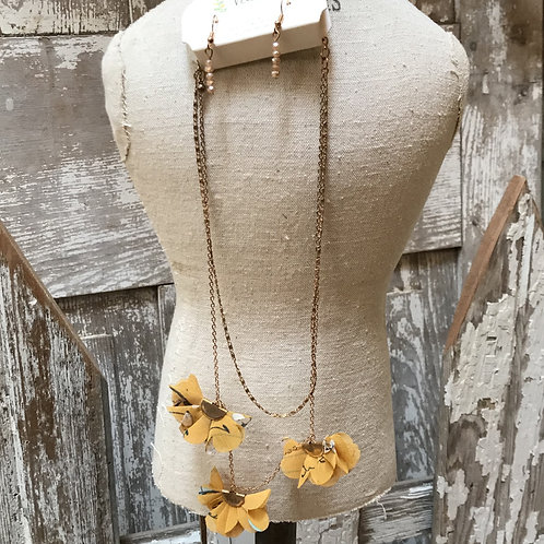 Chiffon Fan Necklace and Earring Set