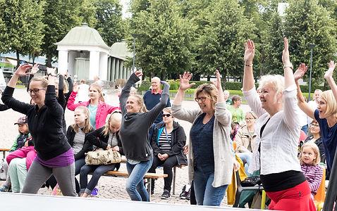 Torijamit Hämeenlinnan torilla, kuva: Hanna Kanerva
