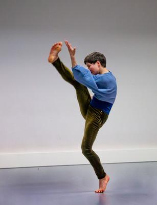 Tanssinopettajien viikonloppu - Nykytanssi Katri Soini, kuva: Sari Antikainen