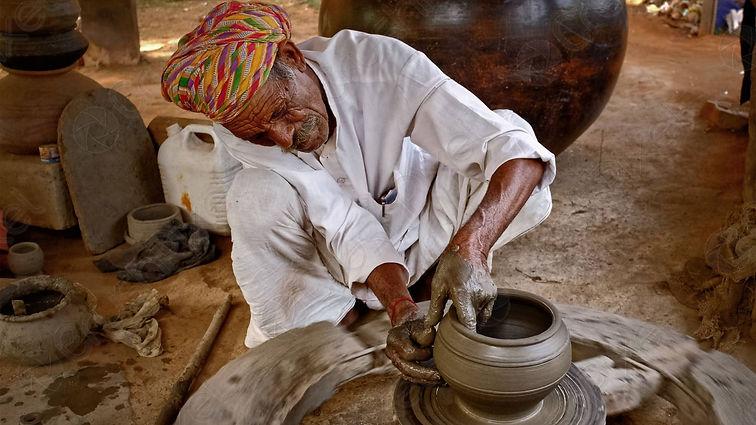 Osian-Pottery class.jpg