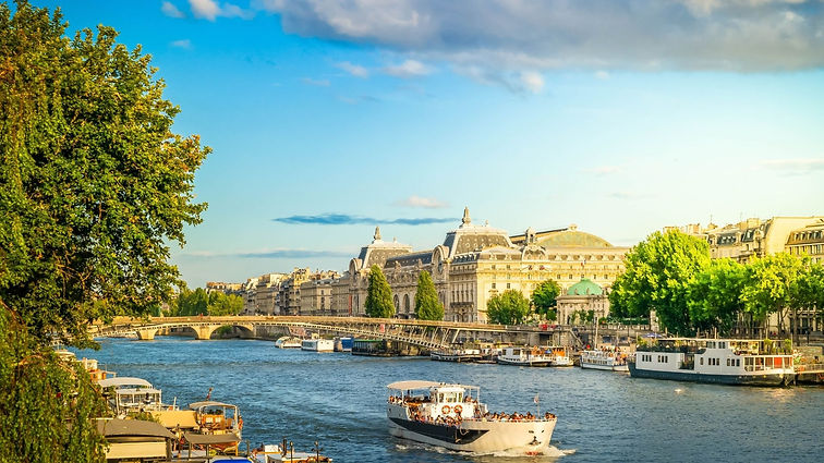 Paris Sienne River Cruise.jpg