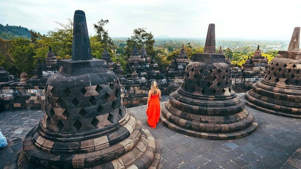 Yogyakarta - Borobudur Temple .jpg