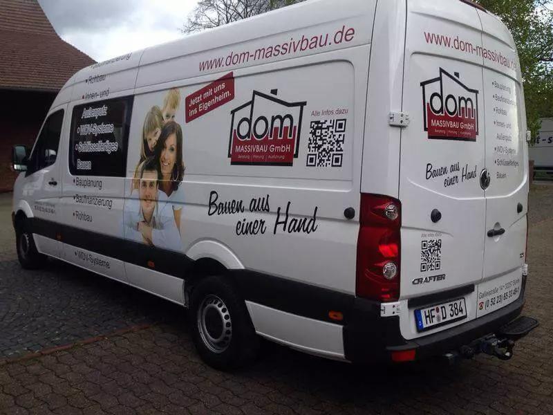DOM-Fahrzeugbeschriftung-Bielefeld-Luebb