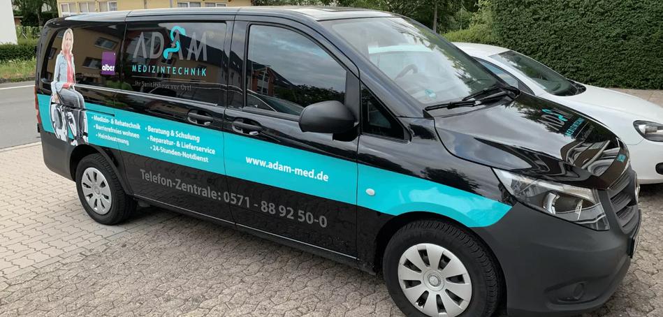 Adam-Medizintechnik-Fahrzeugbeschriftung