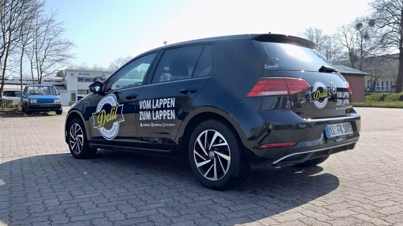 Fahrzeugbeschriftung-Delils_Fahrschule-L