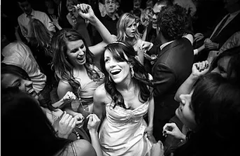 11 Fun & Creative Ways To Get Your Wedding Guests On The Dance Floor At Your Wedding.