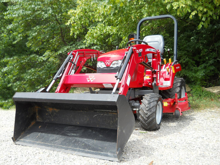 Massey-Ferguson GC1715 with Loader Athens Ohio